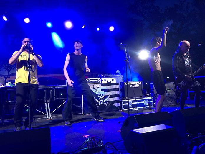 LiveReport Festival de Néoules Les Ramoneurs de Menhirs